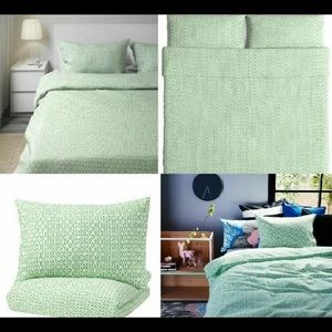 IKEA king size Duvet Cover plus pillowcases